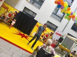 Cirkus Frankordi im Seniorenzentrum Knielingen