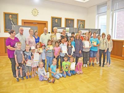 Gruppenfoto von der Preisverleihung der 12. Karlsruher Dreck-weg-Wochen.