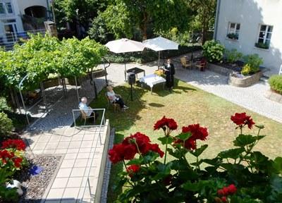 Seniorenzentrum Karl-Siebert-Haus - Gottesdienst im Freien