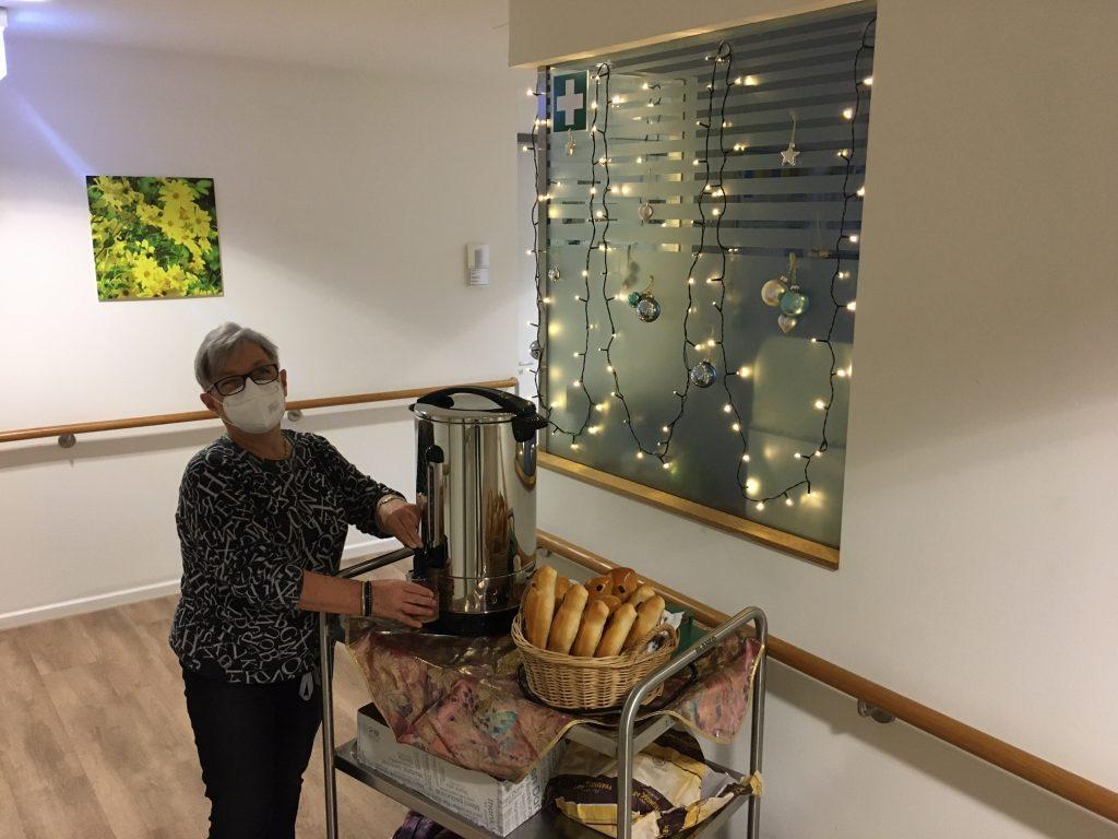 Dambedei und Apfelpunsch im Seniorenzentrum Knielingen