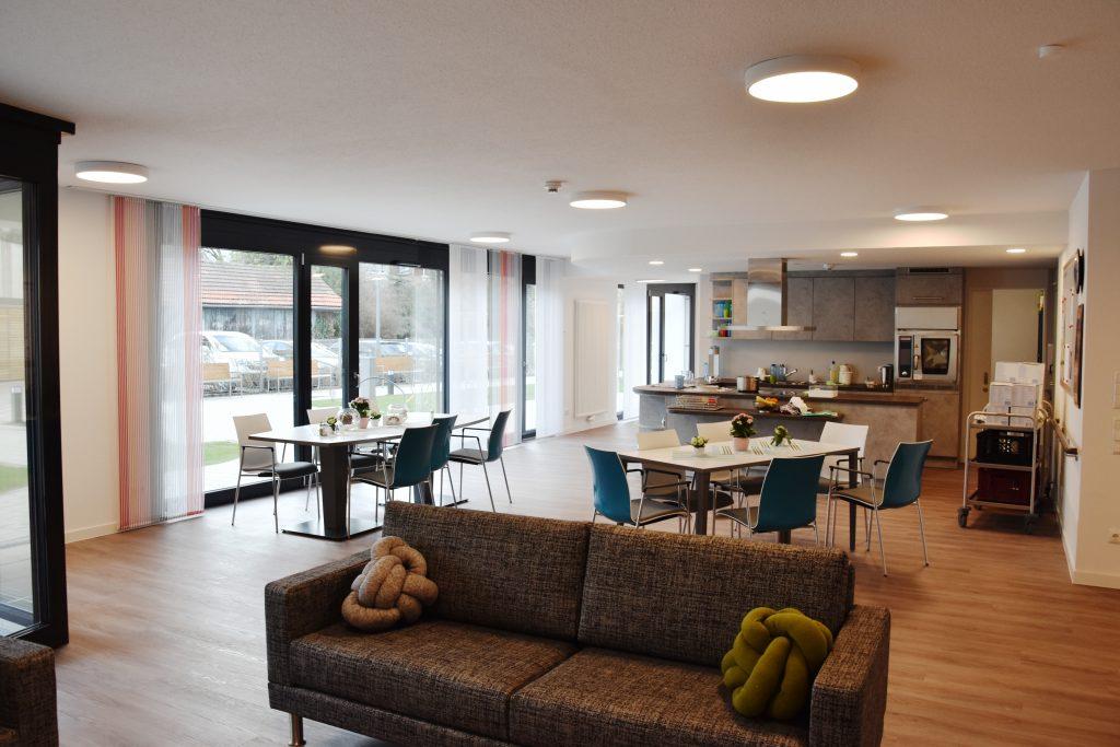 Blick in die offene Wohnküche