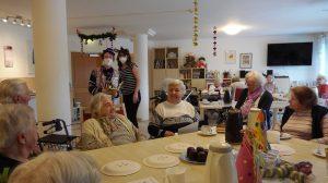 Fasching coronakonform im Seniorenzentrum