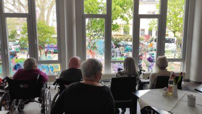 Bunte Fenster in Gruenwinkel 2 AWO Karlsruhe