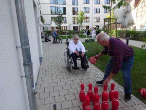 Senioren kegelt